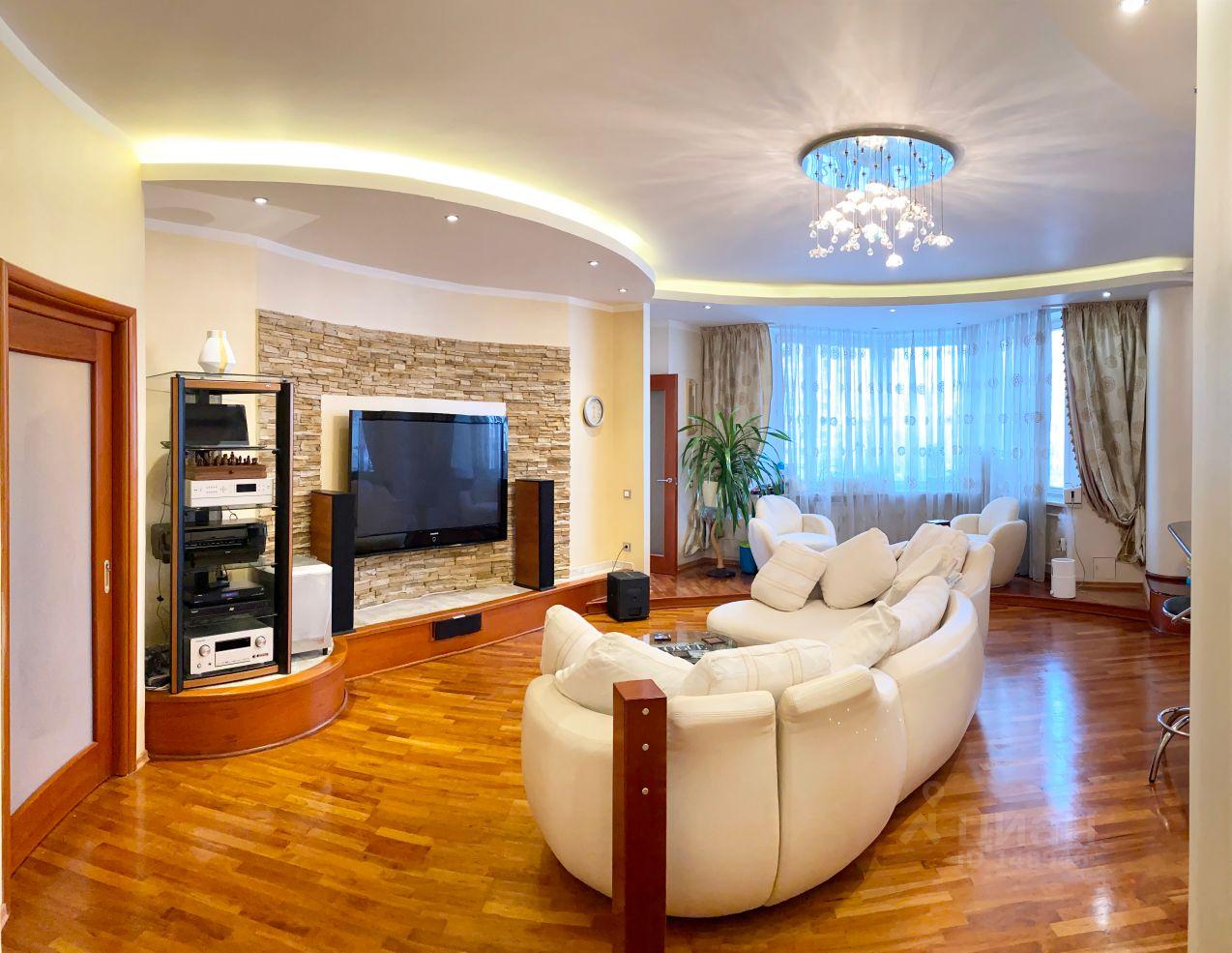 Купить трехкомнатную квартиру улица Лодочная Москва