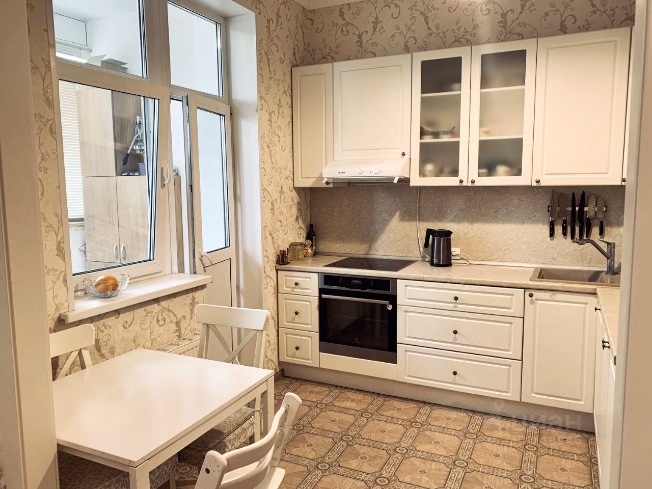 Купите двухкомнатную квартиру площадью 62м² ул. Циолковского, 7, Москва, СЗАО